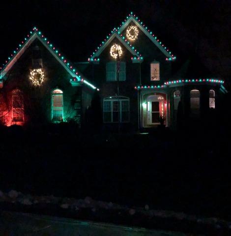 Custom Christmas Light Installation Company Near Cleveland, Ohio