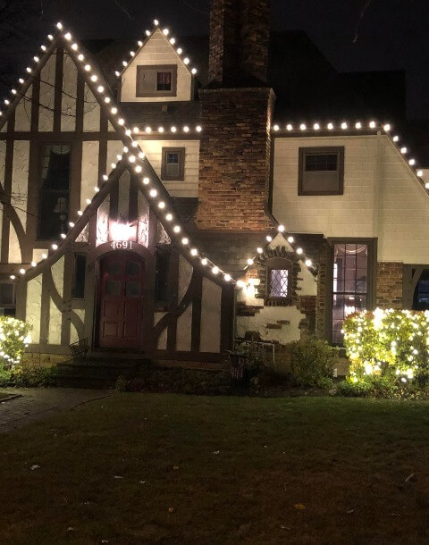 Residential Christmas Light Installation Services in Cleveland Ohio
